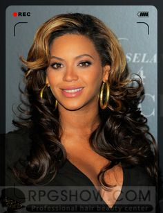 Sparkle On Street-Styled Hair ——This Summer Never Be Better  #streetstyles #fashion #beauty #beyonce
