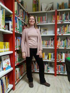 Sweatshirts, Sweaters, Fashion, Libraries, Moda, Fashion Styles, Pullover, Sweatshirt, Sweater