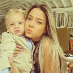 Shes hot! Neymar Jr, Baby Love, Sons, Soccer, Husband, Football, Couple Photos, Babies, Pictures