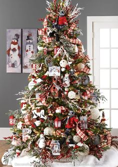 RAZ 2015 Graphic Woodland Christmas Tree visit for RAZ Christmas decorations Beautiful Christmas Trees, Colorful Christmas Tree, Christmas Tree Themes, Noel Christmas, Christmas Traditions, White Christmas, Holiday Decorations, Vintage Christmas, Christmas Movies