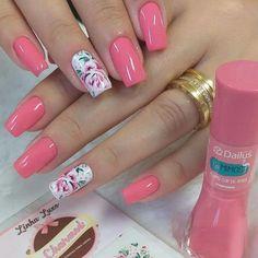 Será que trabalhar como Manicure dá dinheiro? Salve este pin e clique na foto para Descobrir 🤔 Nail Manicure, Nail Polish, Craft Stickers, Luxury Nails, Perfect Nails, Pretty Nails, Nailart, Beauty, Link