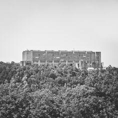 Rozzol Melara Estate Trieste, Italy Architect: Carlo Celli / IACP Photo: Paul Bauer