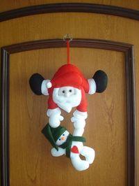 Papai Noel enfeite de porta. Confeccionado em feltro. Feito totalmente a mão. Contato para dúvidas e orçamentos... fofuchinhos@r7.com