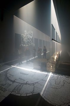□ LONDON SUBTERRANEAN MUSEUM