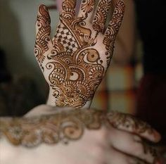 Arabic Bridal Mehndi Designs For Hands,New Arabic Mehndi Designs 2014,Menhdi Designs 2014 For Hands #mehndidesigns,  #mehendidesigns, #arabicmehndi, #mehndihands