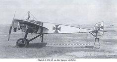 Pfalz E.I on the Speyer airfield