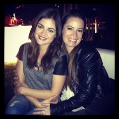 Lucy Hale and Holly Marie Combs(Aria and Ella Montgomery) behind the scenes of Pretty Little Liars. #PLL