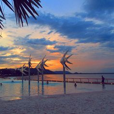 I want to make memories all over the world.  #australia #cairns #lagoon #greatbarrierreef #sunset #memories #tb #travel #wanderlust by jenny_rth_ http://ift.tt/1UokkV2