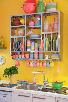 Happiest kitchen in the world! Colorful Kitchen in Rice Showroom in Hamburg http://amzn.to/2jlTh5k