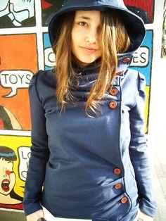 The Hooded Missy Sweater. CUUUUUTTTTEEEEE