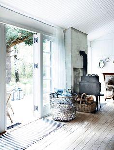 seventeendoors: the stylist's summer house