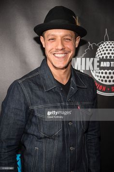 Theo Rossi arrives at the 'Mike And The Mad Dog' Reunion at Radio City Music Hall on March 2016 in New York City. Theo Rossi, Sons Of Anarchy Juice, The Mike, Radio City Music Hall, Good Looking Men, Gorgeous Men, Gentleman, Mad, How To Look Better