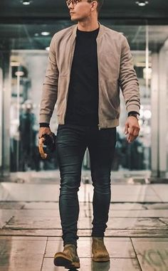 trendy summer men fashion ideas for you to try 2 Mens Fall Outfits, Stylish Mens Outfits, Casual Outfits, Men Casual, Casual Ootd, Modern Outfits, Simple Outfits, Trendy Mens Fashion, Rugged Men's Fashion