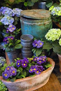 Rustic pieces with a simple color scheme provide easy gardening elements.