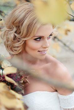 Svatební líčení v Brně - Martina Styling | Martina Styling | Svatba.cz Crown, Nature, Wedding, Fashion, Valentines Day Weddings, Moda, Corona, Naturaleza, Fashion Styles
