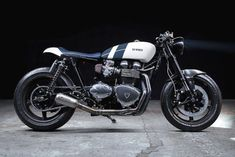 Triumph Thruxton Cafe Racer - Bad Winners - Photos by Guillaume Petranto #motorcycles #caferacer #motos | caferacerpasion.com