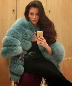 Fur Fashion, Fashion Photo, Winter Fashion, Chinchilla, Green Fur, Fabulous Furs, Vogue Us, Thing 1, Classy Women
