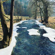 Winterzauber im Jagdrevier - wie schaut es bei euch im Revier aus? #eisbach #eisfluss #natur #naturpur #outdoor #jagdprinz #jagd #jagdrevier #revierrunde #jagdistleidenschaft #jagdistnaturschutz