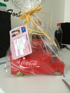 Coca Cola, Coco, Gift Wrapping, Money, Gifts, Gift Wrapping Paper, Favors, Silver, Gift Packaging