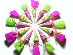 12x Mini #Schultüte Tischdeko #Einschulung pink grün von iLike_wuuschl aus Berlin auf DaWanda.com
