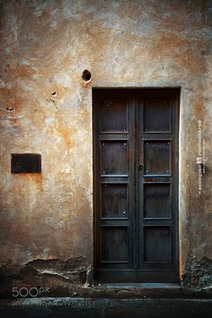 Old door by davidsqd check out more here https://cleaningexec.com