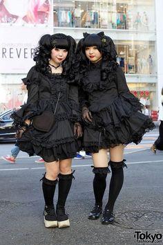 Amazing goth lolis