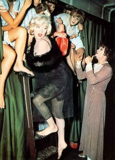Some Like it Hot, antics aboard a train from Marilyn Monroe, Tony Curtis and Jack Lemon