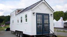 The Maverick Superior Luxury Tiny Home Company With Contemporary Farmh