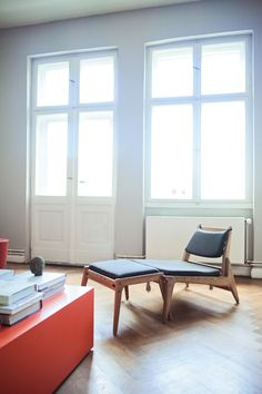 Freunde von Freunden — Olaf Hajek — Illustrator, Apartment und Atelier, Berlin-Mitte —