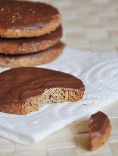 750 grammes vous propose cette recette de cuisine : Biscuits Granola maison. Recette notée 4.1/5 par 28 votants et 1 commentaires.