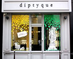 Vitrines Diptyque - Paris, juillet 2012 by JournalDesVitrines.com, via Flickr