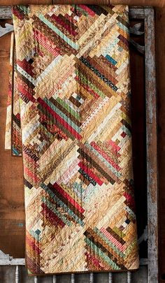 crazy quilting by hand Patchwork Quilt Patterns, Scrappy Quilts, Easy Quilts, Small Quilts, Mini Quilts, Jellyroll Quilts, Vintage Star, Log Cabin Quilt Pattern, Log Cabin Patchwork