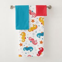Shop Seahorses Seamless Pattern Bath Towel Set created by tinydesignfactory. Sea Life Nursery, Towel Animals, Seahorses, Bath Towel Sets, Dog Bowtie, Kitchen Towels, Washing Clothes, Hand Towels
