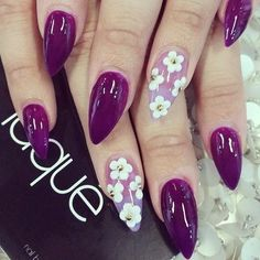 Fearless Stiletto Nail Art Designs, Stiletto nails are oval shaped nails that are more pointed than rounded at the tip, and are usually very long. They have been recently highlighted in . Fingernail Designs, Nail Art Designs, Pointy Nails, Gel Nails, Nail Design Stiletto, Pink Und Gold, Flower Nail Art, Dream Nails, Purple Nails