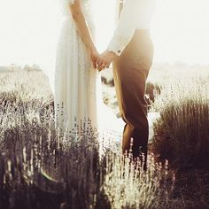 Golden twilight, lavender fields, and the love of your life- It doesn't get much sweeter. Photo by @davinlindwallphotography (link in profile to get the look) #BHLDNbride #regram