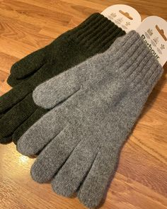 Keep your hands warm with out Barbour gloves . . . #fashion #mensfashion #fashionblogger #mensstyle #cardiff #7clothing #menswear #ootd #cardiffblogger Gloves Fashion, Cardiff, Hand Warmers, Menswear, Ootd, Hands, Mens Fashion, Moda Masculina