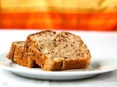 Rezept Veganer Bananenkuchen mit Mandeln - lekker.berlin | Rezepte und mehr ... Food-Blog, Backen, Kochen, Bücher - Viel Spaß beim Lesen und Ausprobieren.