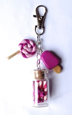 porte clé gourmand ou bijou de sac de la boutique polymercrea sur Etsy