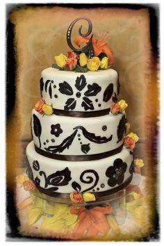 #weddings #cakes http://celebrationsoftampabay.com/