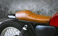 Cafe Racer Pasión — Suzuki Cafe Racer Red by Duong Doan Suzuki Cafe Racer, Motorcycle Paint Jobs, Motorcycle Seats, Cafe Racer Motorcycle, Bobber Custom, Custom Motorcycles, Custom Bikes, Cafe Racer Parts, Cafe Racer Seat