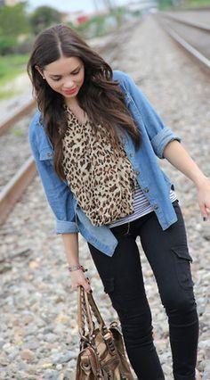 I love that cheetah scarf.