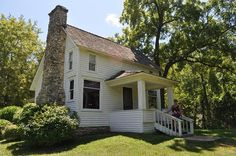 """The Mansfield, Missouri home of """"LIttle House on the Prairie"""" author  Laura Ingalls Wilder, where she and her husband Almanzo Wilder raised their daughter Rose."""