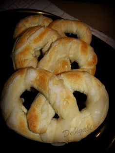 Hungarian Recipes, Hungarian Food, Ring Cake, Winter Food, Bagel, Scones, Recipies, Bread, Pizza