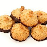 25 nejlepších receptů na pečené vánoční cukroví | ReceptyOnLine.cz - kuchařka, recepty a inspirace Mini Muffin Pan, Muffin Cups, Mini Muffins, Cupping Set, Easy Desserts, Cornbread, Dog Food Recipes, Biscuits, Cookies