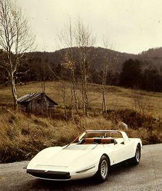 1968 Alfa Romeo P33 Roadster
