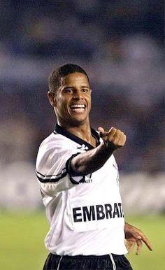 """Sport Club Corinthians Paulista - Marcelinho Carioca, o """"Pé de Anjo"""" O maior ídolo da história do Timão."""