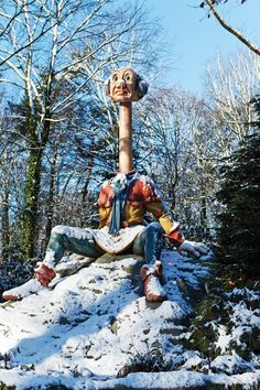 Long - neck (Langnek) from the fairytale the Six Servants Halloween Yard Decorations, Cool Themes, Winter Wonder, Its Cold Outside, Outdoor Gardens, Disneyland, Holland, Fairy Tales, Anton Pieck