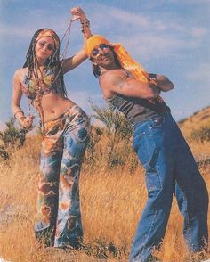 Vintage Bollywood, Indian Movies, 90s Fashion, Couple Goals, Insta Pic, Grunge, Wonder Woman, Actresses, Superhero