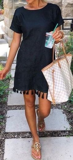summer outfits Black Tessel Dress