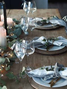www.byrust.no/blogg  // New Year's Eve table Table Setting Inspiration, Scandinavian Style, New Years Eve, Elk, Rust, Table Settings, Holidays, Table Decorations, Home Decor